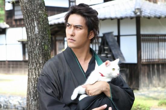 "Kazuki Kitamura stars in ""Samurai Cat."""