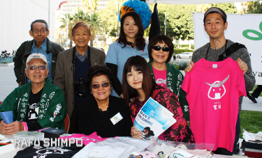 Members of the Miyagi Kenjinkai of Southern California had a booth at the event. (GWEN MURANAKA/Rafu Shimpo)