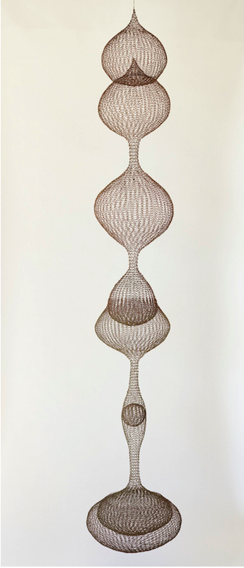 Untitled [S. 228, Hanging Six-Lobed, Discontinuous Surface (three sections) with Interlocked Top Section]. Ruth Asawa, circa 1962. Copper and brass wire, naturally oxidized. 24.8 x 43.2 x 43.2 cm / 96 x 17 x17 in. © Estate of Ruth Asawa, courtesy Christie's. Photo: JKA Photography