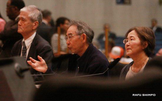 左から入江健二氏、デビッド渡辺氏、池田啓子氏