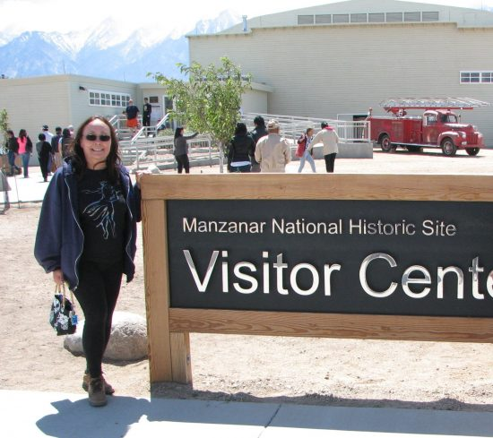 Leilani Kimmel-Dagostino at the Manzanar National Historic Site's Visitors Center during last year's Manzanar Pilgrimage. (J.K. YAMAMOTO/Rafu Shimpo)