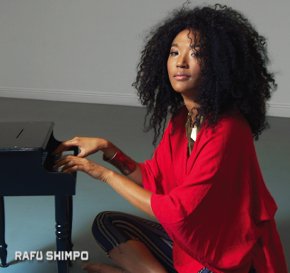 Judith Hill will sing the U.S. national anthem. (MIKEY HIRANO CULROSS/Rafu Shimpo)