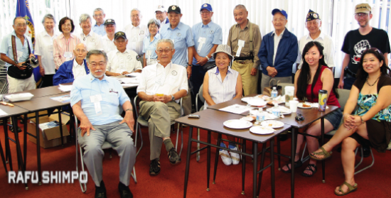 Japanese American Korean War Veterans at the Nisei Week Festival. (MARIO G. REYES/Rafu Shimpo)