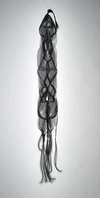 """Nagare I,"" 1967, black nylon monofilament, wood beads, plastic tubing; double, quadruple, and tubular weave. Collection of Forest L. Merrill."