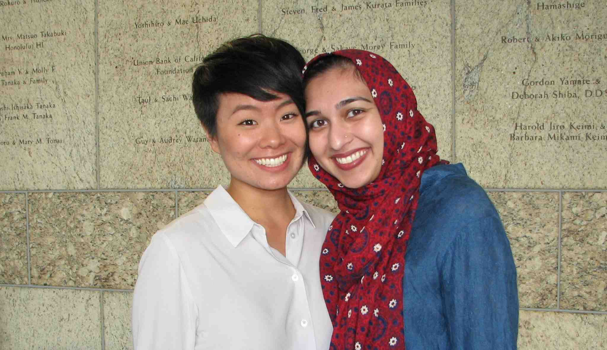 Traci Ishigo of JACL-PSW and Sahar Pirzada of CAIR-LA at this year's Day of Remembrance program in Little Tokyo. (J.K. YAMAMOTO/Rafu Shimpo)