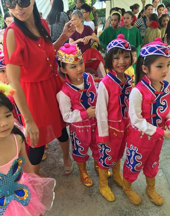 子どもたちの衣装、ダンス、歌、それぞれに