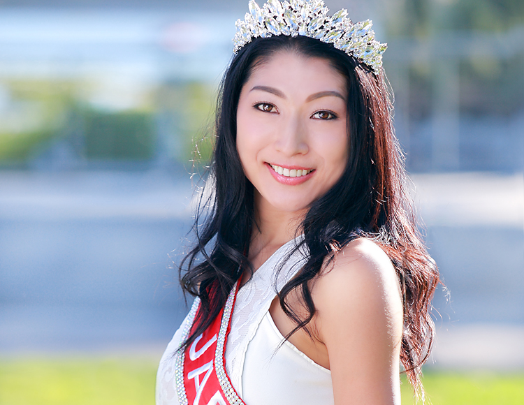 ミスアジアUSAに出場する小菅綾子さん