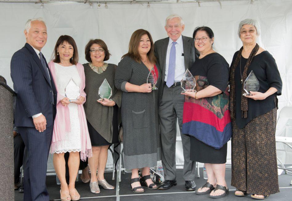 From left: Dale and Ayako Okuno, Pam Tajima Praeger, Elaine Tajima, Ambassador Frank Baxter, Elaine Tajima, Linda Tajima.