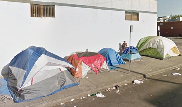 慢性的ホームレス:LA、全米最多の1万人超