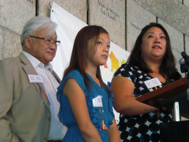 Above and below: Rep. Mike Honda, his daughter Michelle Honda Phillips, and his granddaughter Malisa addressed the Okaeri conference. (J.K. YAMAMOTO/Rafu Shimpo)