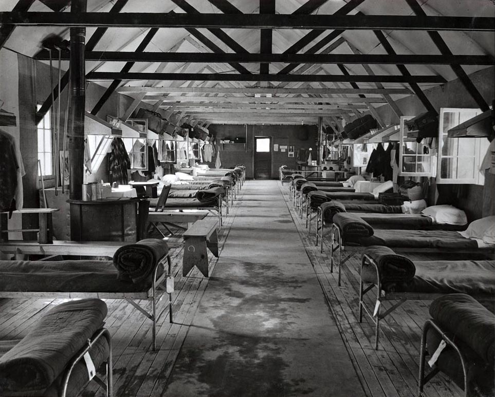 Bunkroom at Tuna Canyon Detention Station. (Courtesy of the Merrill H. Scott family)