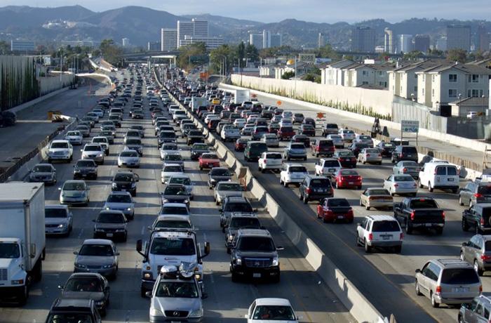 ロサンゼルス:交通渋滞、世界で最悪