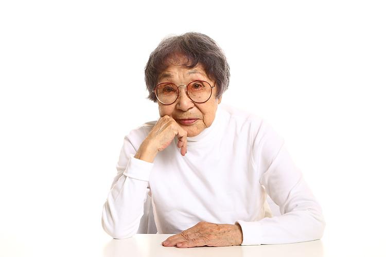 据石和江さん死去:米国広島・長崎原爆被爆者協会会長