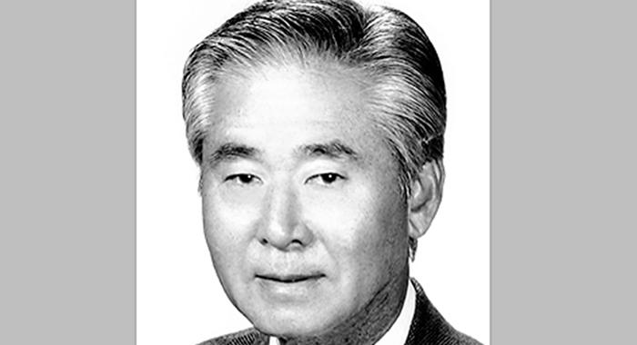 ジェームズ・カンノ氏死去:ファウンテンバレー市の初代市長