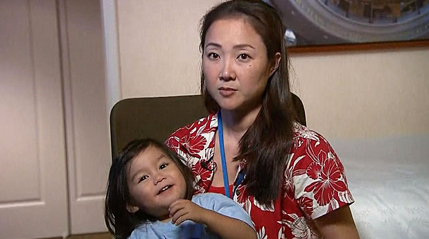 United Airlines apologizes after giving away toddler's purchased seat