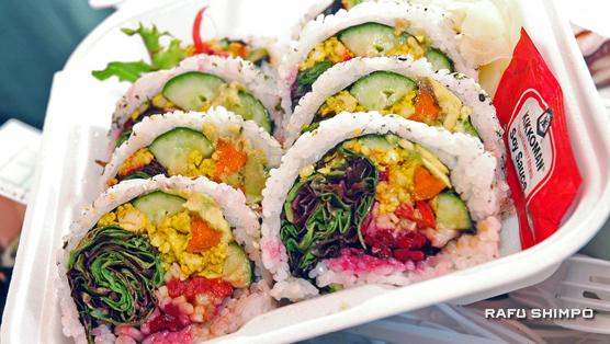 国府田米をヘルシーにアレンジ:ファーマーズマーケットで人気の日本食