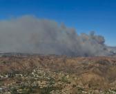ベンチュラ郡山火事:13万2千エーカーが延焼