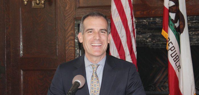 LA市長、アジア訪問は「成功」:貿易や観光の分野で協議