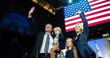 カリフォルニア州知事選:民主党のニューサム氏が勝利