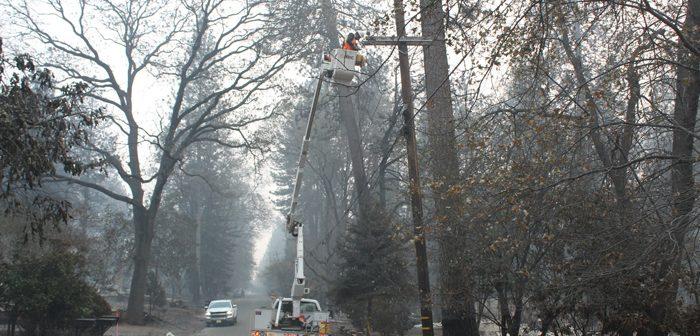 加州北部山火事:当局、死者85人に下方修正