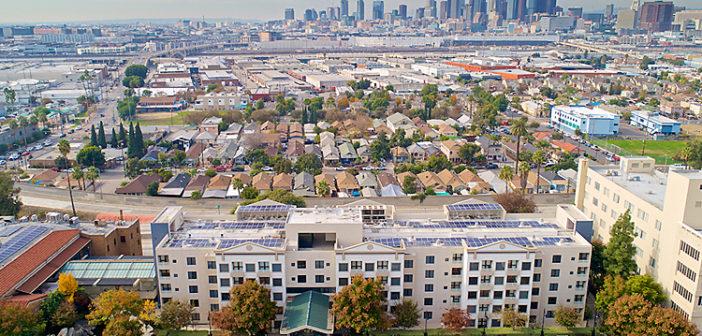 集合住宅建設に反対決議:中間ケア施設の存続求める
